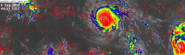 05.50 AM SEPT.06: HURRICANE IRMA NEARS SINT MAARTEN. EXTREME WEATHER CONDITIONS BEING EXPERIENCED