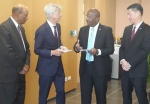 Dutch Minister Plasterk meets with COM