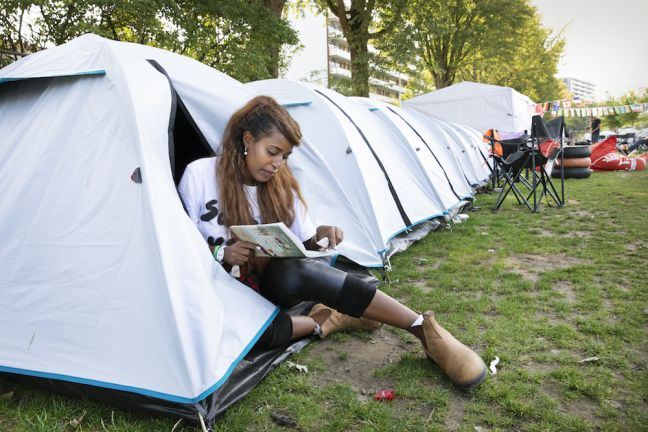 In Tilburg, first year students are living in tents. Photo: Ton Toemen/HH