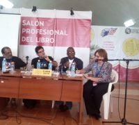 In photo, panelists, L to R: Luis Pereira (editor/journalist, Uruguay), Edel Morales (poet/director of D.M. Loynaz Center of Culture, Cuba), Lasana M. Sekou (author/projects director, House of Nehesi Publishers, St. Martin), and (translator for the panelists/audience) Ana Elena de Arazoza. Havana, Cuba (2-14-19). (© HNP photo)