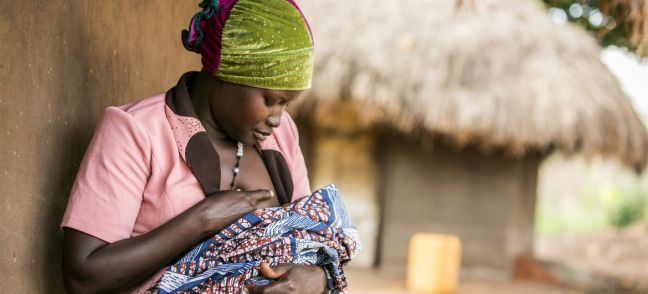 © UNICEF/Zahara Abdul Lucy Atokoru, 28 breastfeeds her baby at her home in Omugo, Arua District.