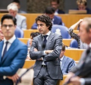 Thin pickings for opposition parties in budget debate as Rutte holds firm