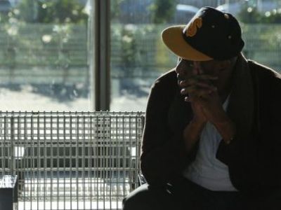 'Invisible' stateless people could miss out on COVID-19 jabs, UNHCR warns