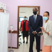 Governor Holiday pays Working visit to the COVID-19 Vaccine Administering Location