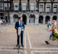 VVD and D66 to start sketching out a coalition deal as impasse continues