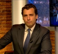 Thierry Baudet wins popular vote to stay on as leader of far right FvD
